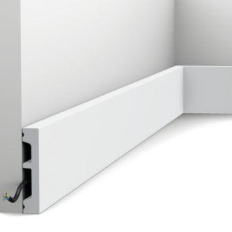 Orac DX157 plint 230x6.6x1.3 cm RAL9003